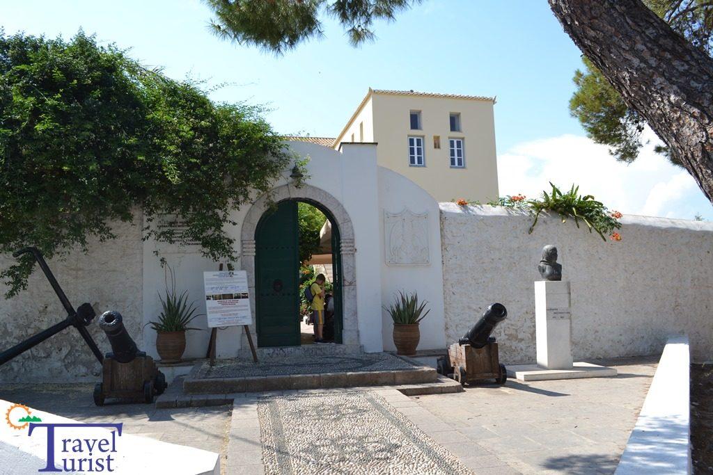 muzeul bouboulina travelturist