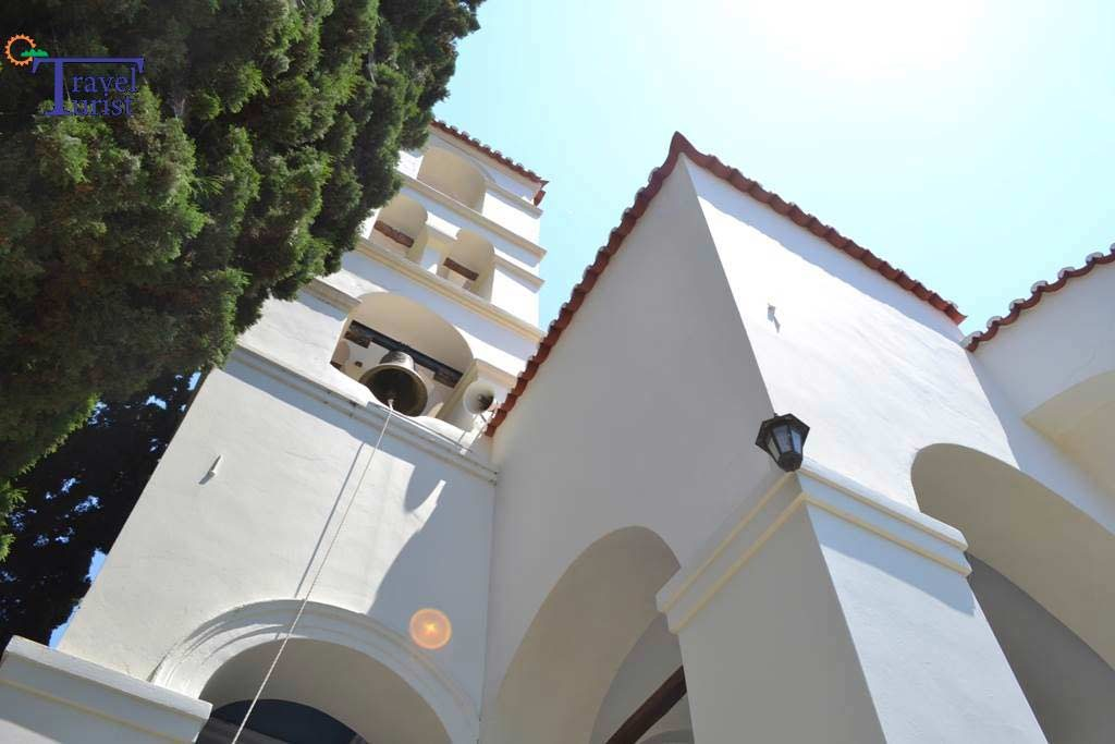 manastirea zoodohos pigi travelturist